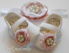 White/dusty pink  flower girl shoesdusty by CreatimityElegance