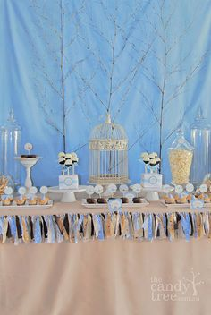 simple and elegant background for the dessert table
