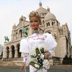 MERCEDES IN PARIS : MONTMARTRE