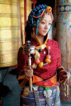 Tibetan Jewelry,Nepalese Jewelry,Buddhist jewelry,Prayer Beads,Wood Mask,Miao Silver China Tribe Handcraft Wholesale