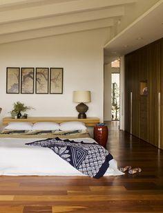 Minimalist bedroom // wood warms this up