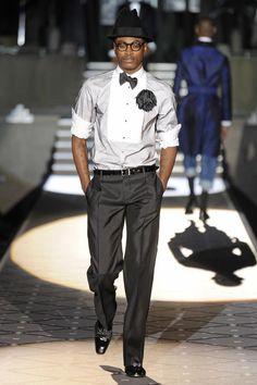 TOP BLACK MODEL...DOMINIQUE HOLLINGTON
