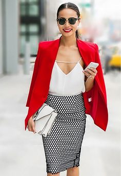 Silky camisole, bright red blazer, and black mesh pencil skirt make for an amazing day to night outfit. outfit blazer How to Dress Like the Girl Everybody Wants to Date Fashion Night, Work Fashion, Autumn Fashion, Day To Night Outfits, Dinner Outfits, Outfit Night, Blazer Outfits, Dress Outfits, Fashion Outfits