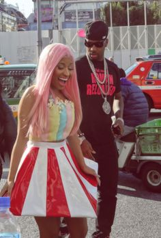 Nicki Minaj in Tokyo Crazy Outfits, New Outfits, Nicki Minaj Fashion, Nicki Minja, Nicki Minaj Pictures, Japan Outfit, Harajuku Girls, Barbie Princess, American Rappers