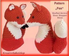 Foxes are trendy! Crochet yourself or for your kids a cuddly friend! The fox is very versatile, whether as a stuffed animal for children, decoration or door stopper! The crochet pattern is very detailed and well illustrated, with additional pictures ad tu