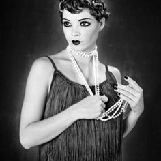Flapper, Trend in the 1920s Comes In 2011 as New Fashion Design
