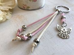 Crochet Keychain, Cord Bracelets, Key Fobs, Make And Sell, Dangles, Charmed, Diy Crafts, Beads, Pendant