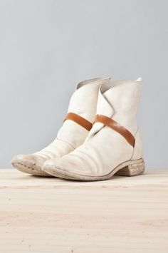 object dyed rubber band boot by carol christian poell