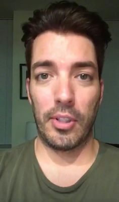 Scott Brothers, Twin Brothers, Property Brothers, Jonathan Silver Scott, Other People, Eye Candy, Twins, Husband, Twitter