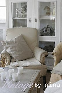 Pastels and Whites: Vintage by Nina Hartmann