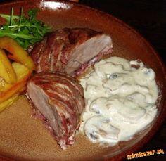 Panenku prekrojíme na dva až tri kusy. Osolíme, posypeme korením a prudko opražíme na rozpálenom ole... Czech Recipes, Snack Recipes, Snacks, Cabbage, Pork, Menu, Steak, Chicken, Vegetables