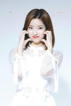 "181222 ""Promise with South Korean Girls, Korean Girl Groups, Lee Seo Yeon, Cute Girls, Cool Girl, Extended Play, Pop Group, Rapper, Fandom"