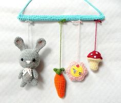 crochet mobile, how easy is this? Learn To Crochet, Crochet For Kids, Diy Crochet, Crochet Dolls, Crochet Baby Mobiles, Crochet Mobile, Crochet Cross, Crochet Basics, Amigurumi Doll