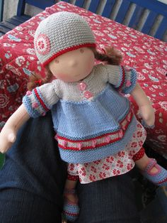Cute knits  - Ada by Puppenliesl, #knitting #dolls #dressadolluk