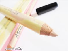 Benefit High Brow in Linen Pink - Review and Swatches