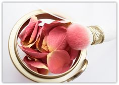 Les Merveilleuses de Laduree Face Color Rose Laduree in 01