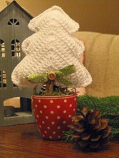 Kouzlo mého domova: Háčkované stromečky s vůní skořice
