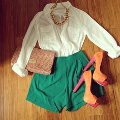 mimi's styling, love the simplicity in these colors