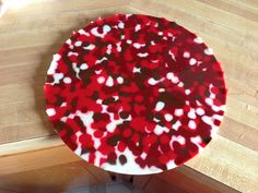Melted bead cake plate