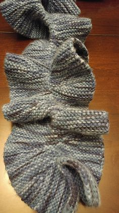 Ravelry: Project Gallery for Ruffled Scarf pattern by Jeannie Randolph-Duncan