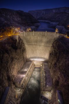 ✮ Hoover Dam - Nevada, USA; locals call it Boulder Dam!!!---Went there with my brother & daddy two places at once :)