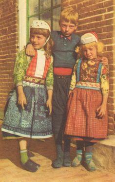 Marken twee jongens en 1 meisje #NoordHolland #Marken