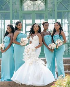 HOW TO WEAR AFRICAN BRIDESMAID DRESSES IN 2021? African Bridesmaid Dresses, Bridal Dresses, Wedding Gowns, Ethiopian Wedding, Shweshwe Dresses, Best Wedding Colors, Black Bride, Wedding Dress Accessories, Courthouse Wedding