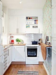 21 små smarta och kreativa kök - Sköna hem  table is counter height