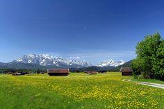 Wetterstein-Massiv    http://www.outdoor-magazin.com/sixcms/media.php/6/385177_R_by_Anton-Funzel_pixelio.de.jpg