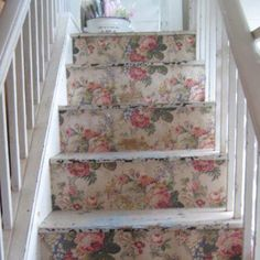 Wallpapered stairs #crafts #decor #decorating #home #painting #stairs