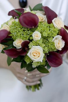#Brides Bouquet By Tessa Burrows Photography