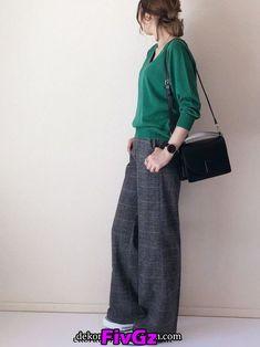 ファッション ファッション in 2020 Modern Hijab Fashion, Fashion Mode, Japan Fashion, Look Fashion, Korean Fashion, Autumn Fashion, Fashion Outfits, Womens Fashion, Casual Work Outfits