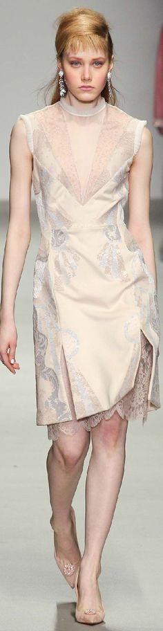 Fall 2015 Ready-to-Wear Holly Fulton