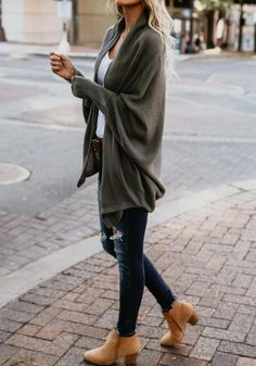 Rumored Hype on Casual Fall Outfits That Will Make You Look Cool Exposed Fall is nonetheless a good time to … Black Women Fashion, Look Fashion, Winter Fashion, Womens Fashion, Fashion Trends, Ladies Fashion, Feminine Fashion, Fashion Ideas, Fashion Outfits