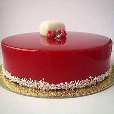 How to Make Glass Icing For Cakes- Como fazer Cobertura de Vidro Para Bolos Glass Cake Cover Sweet Recipes, Cake Recipes, Snack Recipes, Dessert Recipes, Beautiful Cakes, Amazing Cakes, Chocolate Ganache Glaze, Cake Chocolate, Delicious Desserts