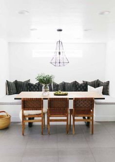 awesome 88 Modern Minimalist Dining Room Design with Wooden Chairs You Will Love Dining Nook, Dining Room Lighting, Dining Room Design, Dining Room Table, Dining Room With Bench, Dining Chairs, Table Lighting, Small Dining, Round Dining