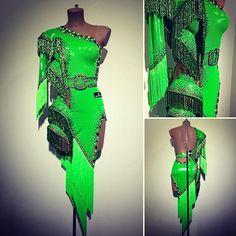 Brilliant green and stunning stones - by Abraham Martinez #abrahammartinez #cristalfringes #electricgreen #design #latin