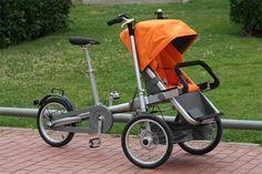 Triciclo Taga, convertible en cochecito de bebé.