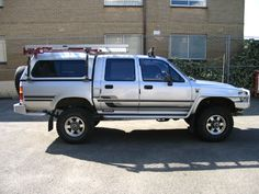TOYOTA HILUX DOUBLE CAB SR5 INTERCOOLED TURBO DIESEL