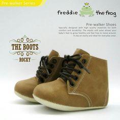 #Sepatu freddie the frog (Rocky boots) ~ 90ribu. Ukuran Sol : No. 3 = 11 cm (untuk umur sekitar 0-6 bulan-) No. 4 = 11.5 cm (Sekitar 6-9bulan-) No. 5 = 12 cm (Sekitar 9bln-1 tahun-)