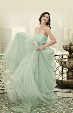 Wonderful 30 Pastel Wedding Dresses Design For Bride Looks More Pretty Beautiful Gowns, Beautiful Outfits, Gorgeous Dress, Color Menta, Mint Color, Colour, Navy Color, Mode Glamour, Looks Vintage
