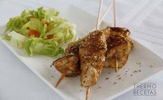 Brochetas de pollo marinado con especias - http://www.thermorecetas.com/brochetas-de-pollo-marinado-con-especias/
