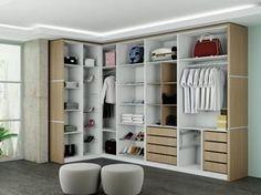 Encontre neste artigo projetos de closets pequenos com medidas para que você possa montar o seu armário personalizado por meio de dicas e fotos.