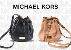 Οι νέες μικρές δερμάτινες τσάντες πουγκί Michael Kors σε 2 χρώματα, από 189,00€ Μόνο 85,00€