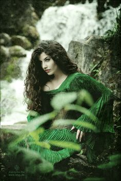 Greenish skin is unusual but waterfall and textures, nice.