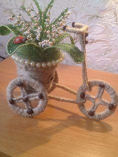 Vase Crafts, Decor Crafts, Crafts To Make, Fun Crafts, Jute Flowers, Thali Decoration Ideas, Wedding Gift Wrapping, Crochet Rug Patterns, Glass Bottle Crafts