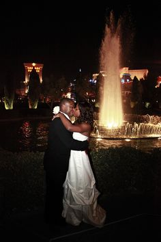 Las Vegas Strip Wedding. I want a picture like this :)