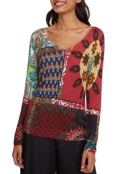 Desigual multicolor sweater Jers Michelle - This colorful Desigual ladies sweater shines through the gloomy days. It& nice and light. Gloomy Day, Sewing Patterns, Fashion Accessories, Sweaters For Women, Costumes, Sweatshirts, Blouse, Lady, Fabric