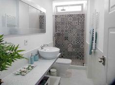 Despre design modern si functional intr-o baie mica- Inspiratie in amenajarea casei - www.povesteacasei.ro