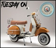Vespa Vintage, Vespa Retro, Retro Scooter, Scooter Girl, Vespa Motor Scooters, Lambretta Scooter, Scooter Motorcycle, Scooter 50cc, Triumph Motorcycles